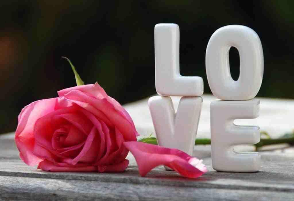 صور-حب-ورومانسية-وعشق-صور-للمخطوبين-والمتزوجين-والمرت (14)