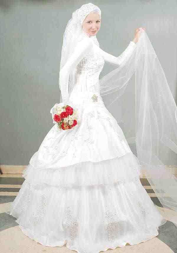 فساتين-زفاف-محجبات-2015-ثقف-نفسك-14